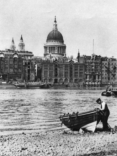 Thames Waterman and His Boat on the 'Beach' at Bankside, London, 1926-1927-McLeish-Giclee Print