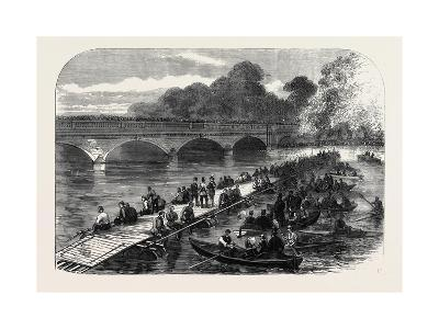 The 1st Middlesex Volunteer Engineers Throwing a Barrel-Pier Bridge over the Serpentine 1867--Giclee Print