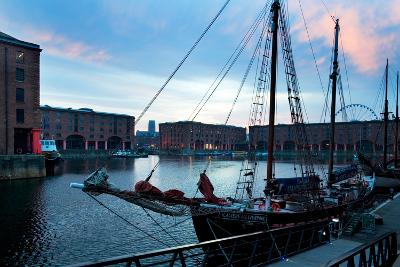 The Albert Dock, Liverpool, Merseyside, England--Photographic Print