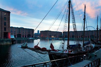 The Albert Dock, Liverpool, Merseyside, England--Photographic Print