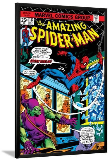 The Amazing Spider-Man No.137 Cover: Spider-Man and Green Goblin-Ross Andru-Lamina Framed Poster
