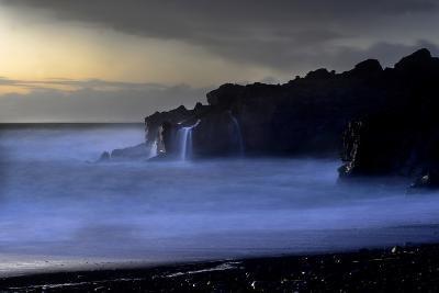 The Atlantic Ocean and Cliffs at Selatangar at Sunset-Raul Touzon-Photographic Print
