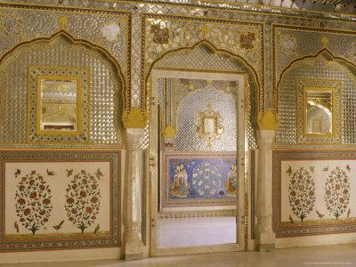 https://imgc.artprintimages.com/img/print/the-beautiful-mirrorwork-in-the-sheesh-mahal-samode-palace-samode-rajasthan-state-india_u-l-p1uo0e0.jpg?p=0