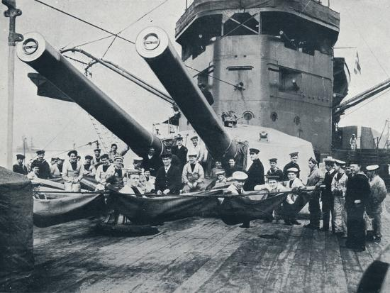 The big guns of HMS New Zealand, c1914-Unknown-Photographic Print