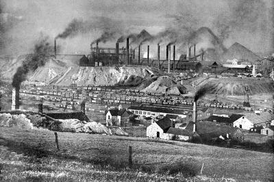 The Black Country, Staffordshire, 1926-Edgar & Winifred Ward-Giclee Print