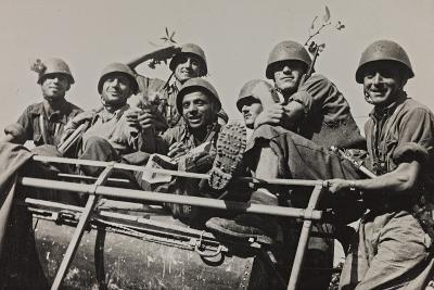 The Brigade Piave Enters Rome-Luigi Leoni-Photographic Print