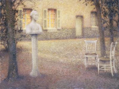 The Bust in the Garden at Twilight; Le Buste Dans Le Jardin Au Crespuscule-Henri Eugene Augustin Le Sidaner-Giclee Print