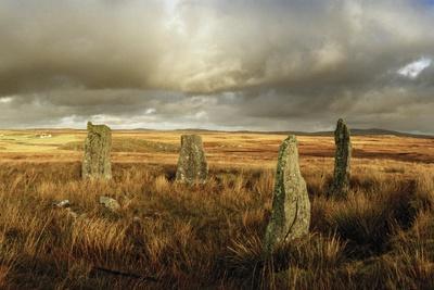 https://imgc.artprintimages.com/img/print/the-callanish-stones-erected-in-the-late-neolithic-era_u-l-pwda7n0.jpg?p=0