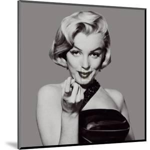 Marilyn by The Chelsea Collection