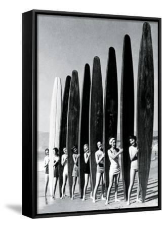 Surfin' Gals