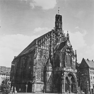 The Church of Our Lady in Nuremberg-Pietro Ronchetti-Photographic Print
