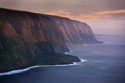 The Cliffs Above Waipi'O Bay at Sunrise-Chris Bickford-Photographic Print