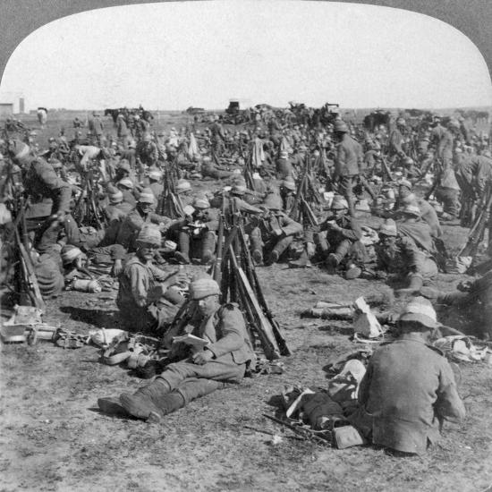 The Coldstream Company on the Great Transvaal Campaign, South Africa, Boer War, 1900-Underwood & Underwood-Giclee Print