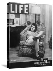 """The Cover of a Life Magazine of 12-21-1942 with a Picture Titled """"The Lonely Wife"""""""