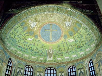 The Cupola with a Mosaic Depicting St. Apollinare--Giclee Print