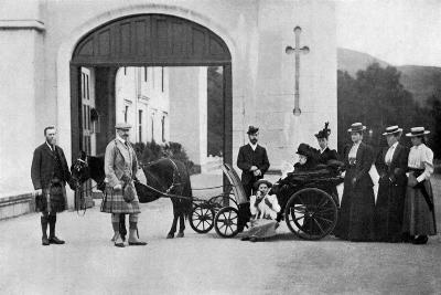 The Czars Visit to Balmoral, 1896-W&d Downey-Giclee Print