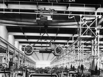 The Daimler Chassis Shop, C1911-C1914--Photographic Print