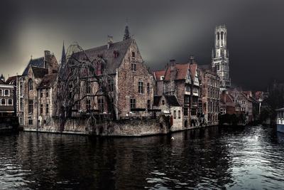 https://imgc.artprintimages.com/img/print/the-darkness-of-winter-cold_u-l-q11dkup0.jpg?p=0