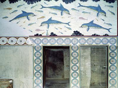 The Dolphin Frescoes in the Queen's Bathroom, Palace of Minos, 1600-1400 BC- Minoan-Giclee Print