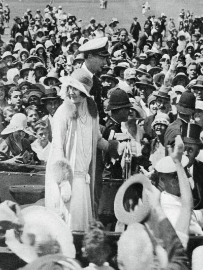 The Duke and Duchess Mobbed by Crowds in Auckland, 1927--Giclee Print