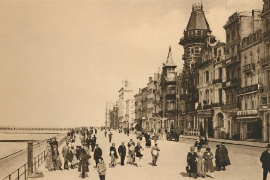 'The Esplanade', c1928-Unknown-Photographic Print