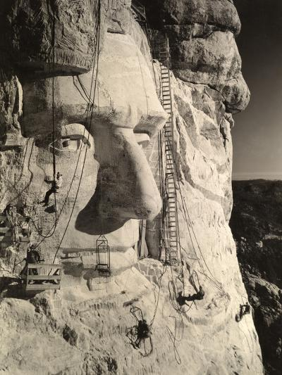 The Face of Abraham Lincoln At Mount Rushmore-Charles D'Emery-Photographic Print