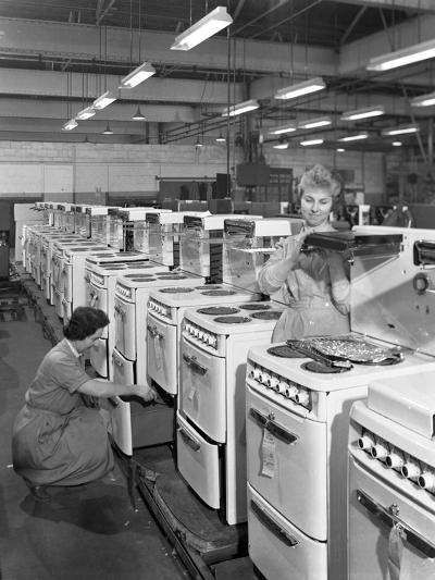 The Final Stages of Cooker Assembly at the Gec Plant, Swinton, South Yorkshire, 1960-Michael Walters-Photographic Print