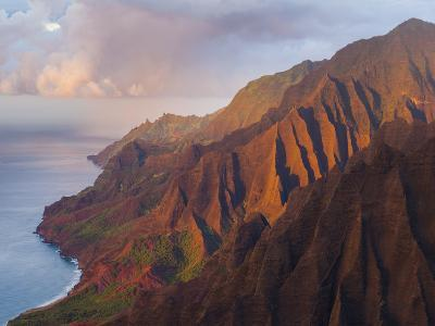 The Fluted Cliffs of the Na Pali Coast at Sunset, Kauai, Hawaii.-Ethan Welty-Photographic Print