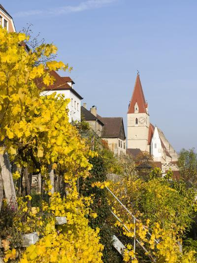 The Fortified Church Mariae Himmelfahrt in the Medieval Town of Weissenkirchen in the Wachau-Martin Zwick-Photographic Print