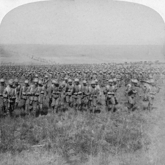 The Gallant Guards Brigade Marching on Brandfort, Boer War, South Africa, 1901-Underwood & Underwood-Giclee Print