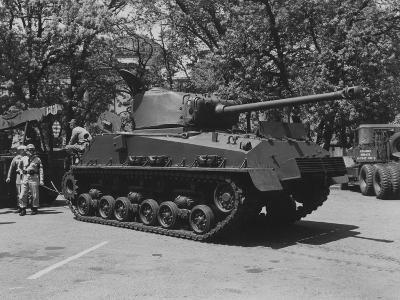 The General Sherman Tank--Photographic Print