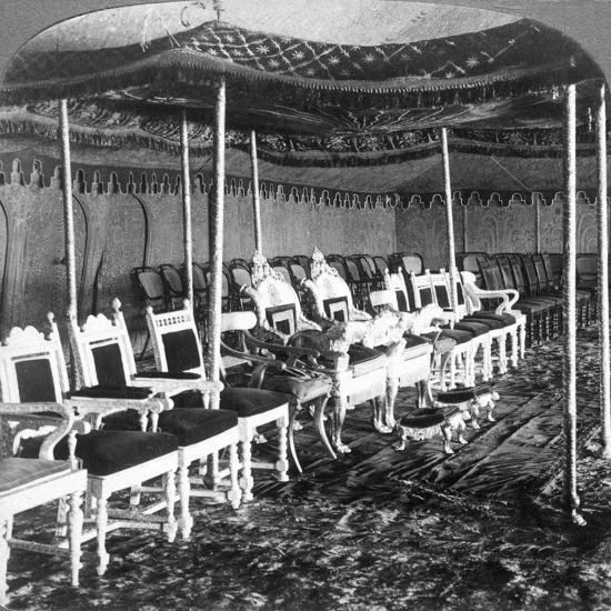 The Golden Canopy in the Durbar Tent of the Maharaja of Kashmir, Delhi, India, 1903-Underwood & Underwood-Giclee Print