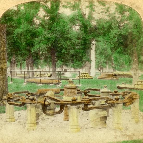 The Great Chain, Trophy Point, West Point, New York, USA, 1901-Underwood & Underwood-Giclee Print