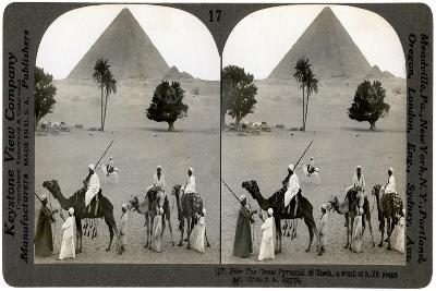 The Great Pyramid of Giza, Egypt, 1905-Underwood & Underwood-Giclee Print