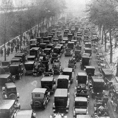 The Great Trek to Work During the General Strike: the Embankment--Photographic Print