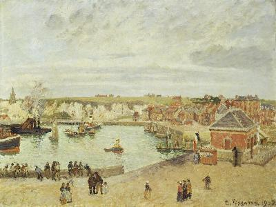 The Harbour at Dieppe, 1902-Camille Pissarro-Giclee Print