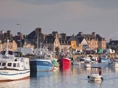 https://imgc.artprintimages.com/img/print/the-harbour-at-saint-vaast-la-hougue-cotentin-peninsula-normandy-france-europe_u-l-phds630.jpg?p=0