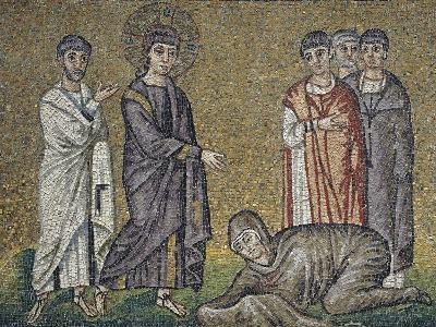 The Healing of the Hemorrhage, Mosaic, North Wall, Upper Level, Basilica of Sant'Apollinare Nuovo--Photographic Print