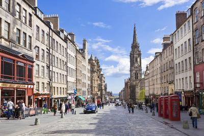 The High Street in Edinburgh Old Town-Neale Clark-Photographic Print
