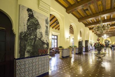 The Historic Hotel Nacional, Vedado, Havana, Cuba-Jon Arnold-Photographic Print