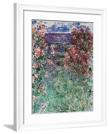 The House Among the Roses, 1925-Claude Monet-Framed Giclee Print