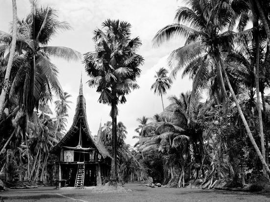 The House Tamberan of Kanganama on the Sepik River, Papua New Guinea, 1974--Photographic Print
