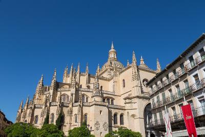 The Imposing Gothic Cathedral of Segovia from Plaza Mayor, Segovia, Castilla Y Leon, Spain, Europe-Martin Child-Photographic Print