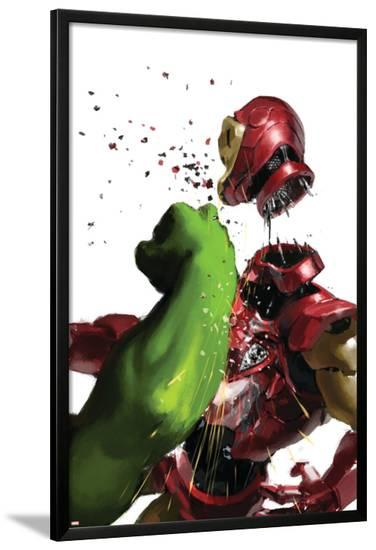 The Invincible Iron Man #19 Cover: Hulk and Iron Man--Lamina Framed Poster