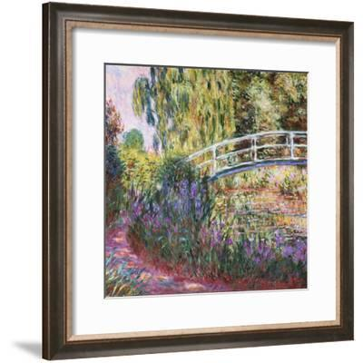 The Japanese Bridge, Pond with Water Lilies, 1900-Claude Monet-Framed Giclee Print