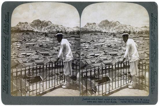 The Jumbled Roofs of Seoul, Capital of the 'Hermit Kingdom' of Korea, 1904-Underwood & Underwood-Giclee Print