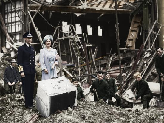 The King and Queen survey bomb damage, Buckingham Palace, London, WWII, 1940-Unknown-Photographic Print
