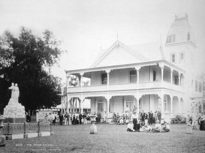 The King's Palace, Tonga, 1899- Burton Brothers-Giclee Print