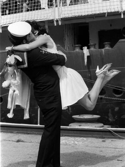 The Kiss--Photographic Print