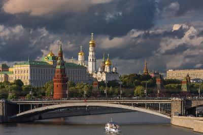 The Kremlin and Moscow River.-Jon Hicks-Photographic Print
